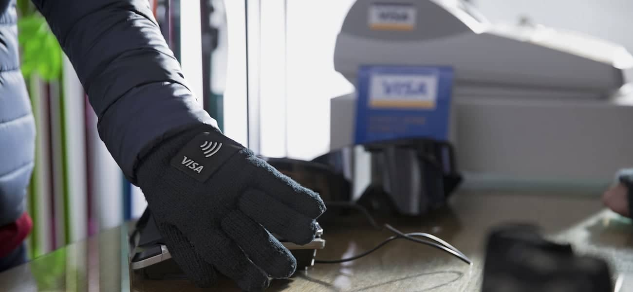 Visa Lotte CardWearable Glove
