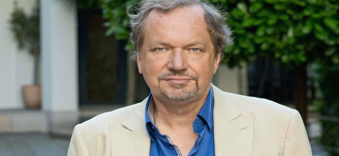 Prof Jens Michow