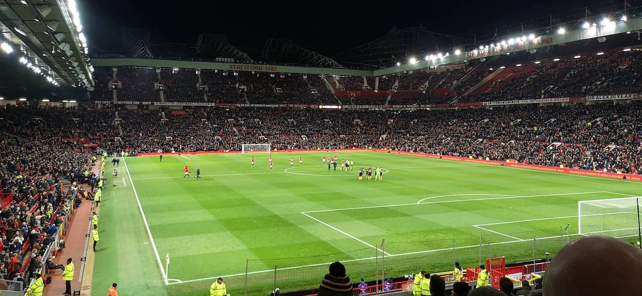 man utd rail seating